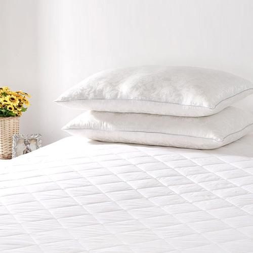 seide matratzenauflage topper matratzenschoner spannauflage. Black Bedroom Furniture Sets. Home Design Ideas