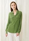 ケイルグリーン シルクシャツ