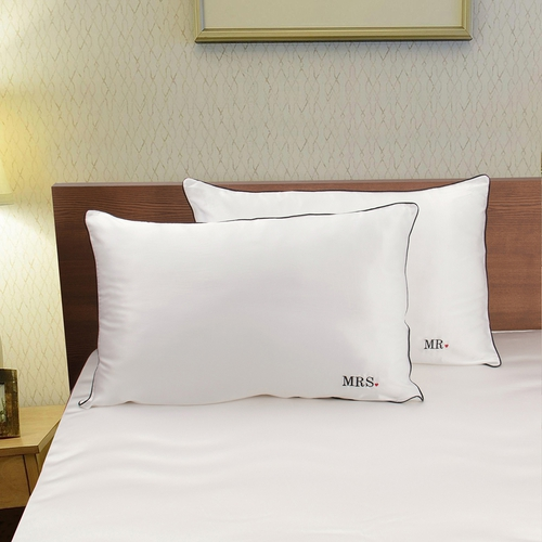 19 Momme Monogrammed Silk Pillowcases For Couple