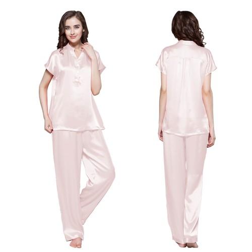 22 Momme Helft Knoopte Voorste Zijden Pyjama Set