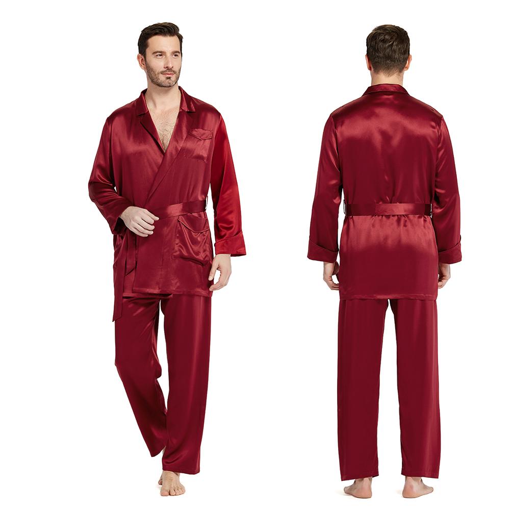 ensemble pyjama en soie homme commercial avec ceinture. Black Bedroom Furniture Sets. Home Design Ideas