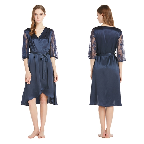 22 Momme Silk Robe With Lace Cutout Sleeve