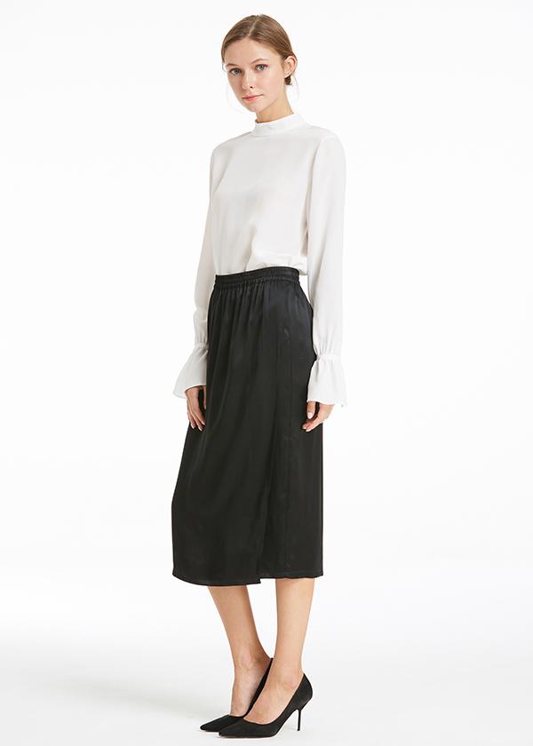 black-22mm-black-easy-to-walk-silk-skirt-01.jpg