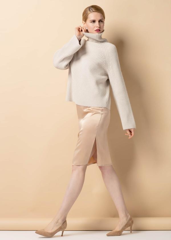 light-camel-22mm-hips-flattering-silk-skirt-01.jpg
