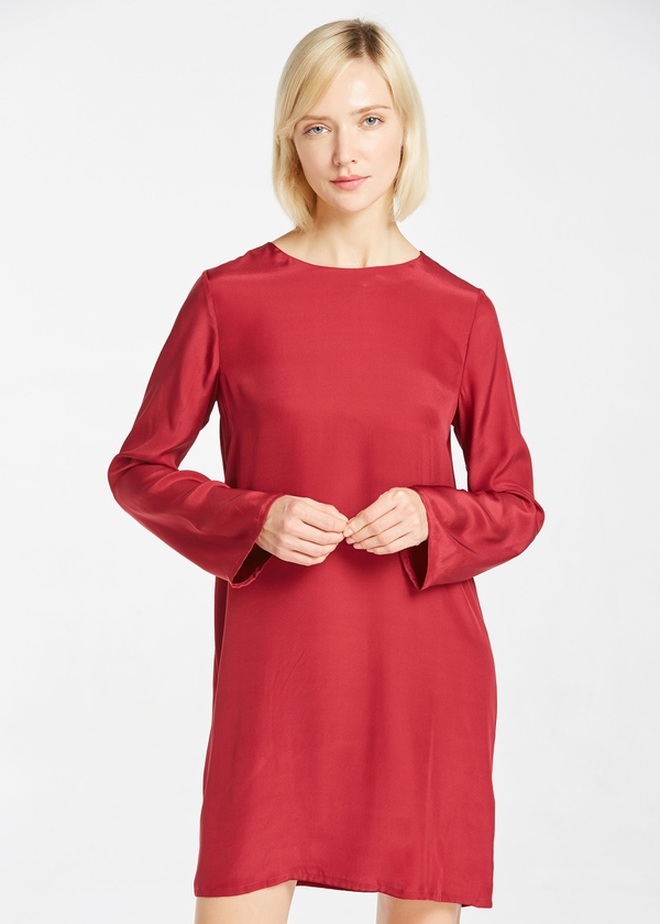 claret-22mm-round-neck-casual-silk-dress-01.jpg