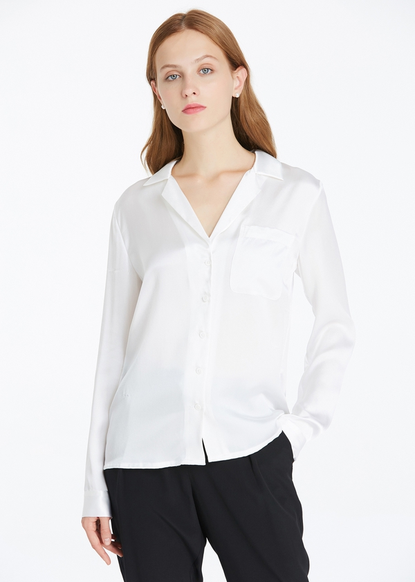 Take on the world with a women's cheap blouse with tomboy tailoring. Shop here and find the exact blouses that will help you make a fantastic fashion statement.
