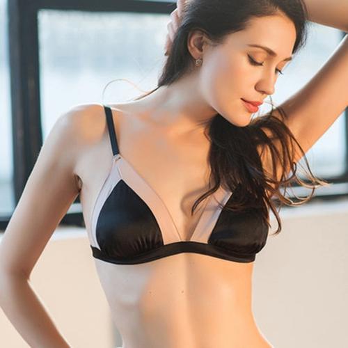 Exquisite Sexy Wireless Silk Halter Bra