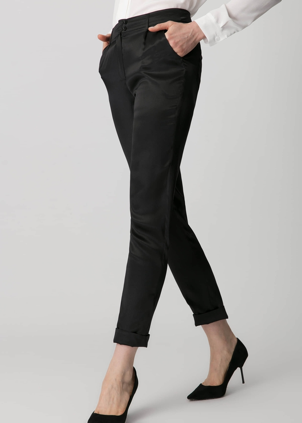 black-show-off-your-legs-in-19mm-silk-black-pencil-pants-01.jpg
