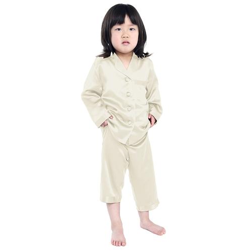 Pijamas de seda para niñas